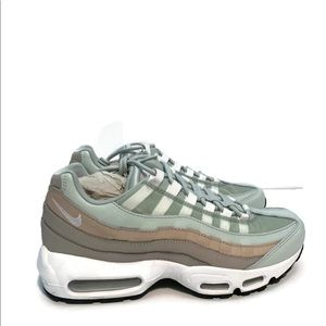 Shoes - New Women's Air Max 95 Light Silver White Size 9.5